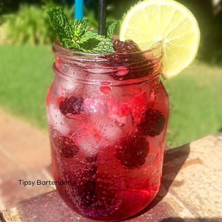 BERRY SUPERNOVA Cocktail