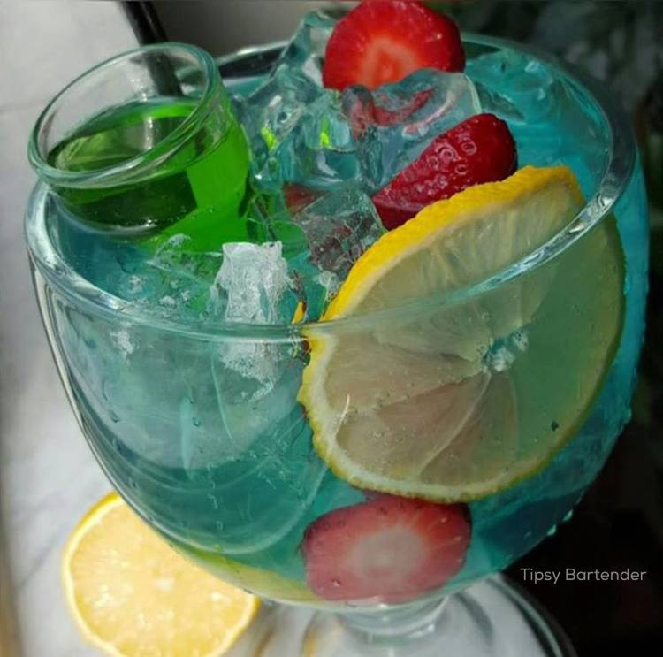 CURACAO SANGRIA Cocktail