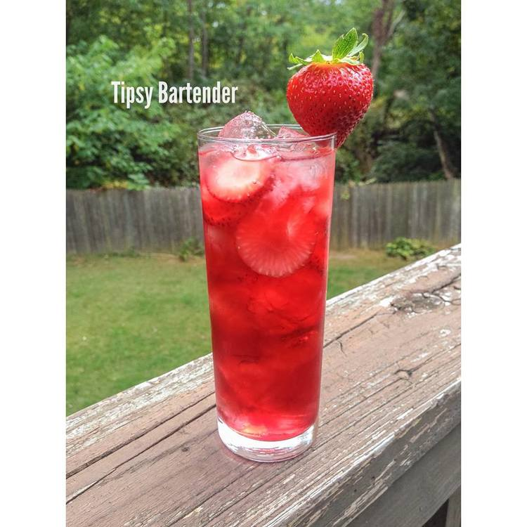 Pretty Red Cocktail