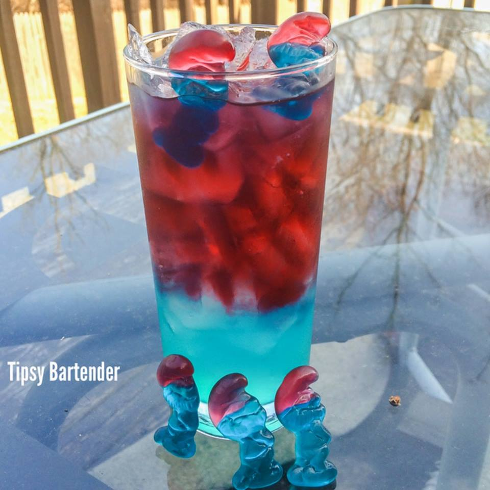 Drunken Papa Smurf Cocktail